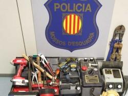 Els Mossos d'Esquadra detenen dos homes per dos robatoris amb força a l'Alta Ribagorça.