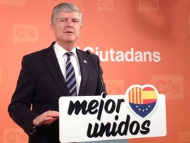 Ciutadans (C's) demana a Artur Mas que abandoni la teoria del xoc de trens i convoqui eleccions anticipades.