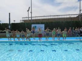 Les piscines municipals de Lleida recapten 3.879,90 euros per al Mulla't.
