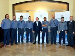 Reñé rep l'equip de rescat dels Bombers de Lleida