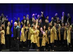 Un Liceu ple de gom a gom vibra amb 'Gospel sense Fronteres'