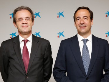 CaixaBank tanca el primer trimestre amb un benefici de 403 milions d'euros